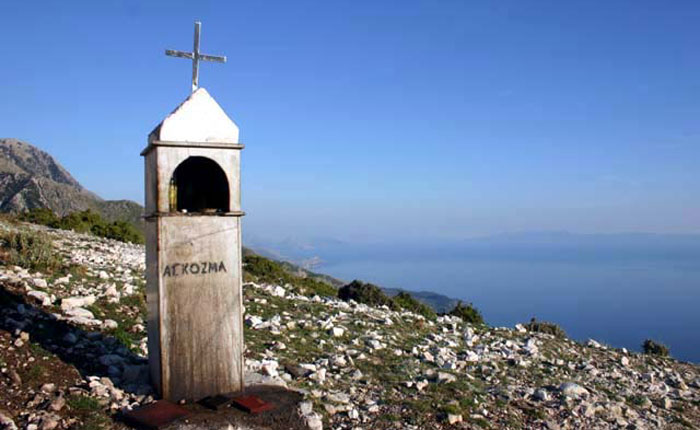 Image - Albania coastline - tomb in foreground