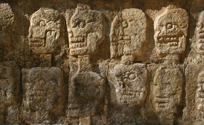 Image - Carvings of Mayan skulls at Chichen Itza, Mexico