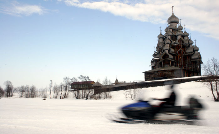 Image - Karelia, Russia: snowmobiling at Kizhi.