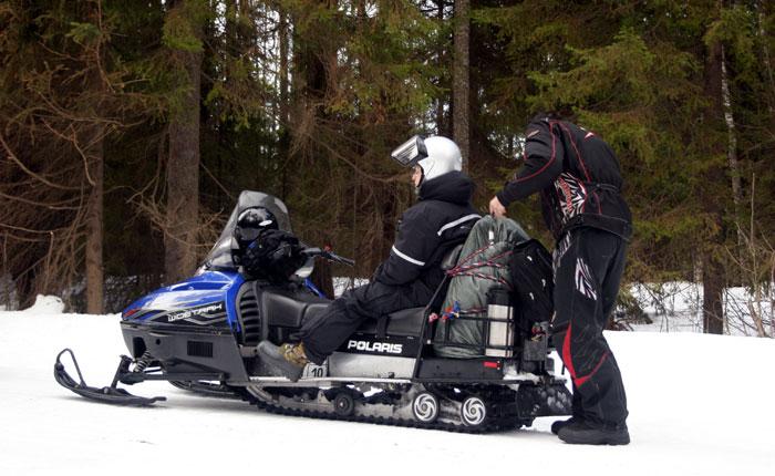 Image - Karelia snowmobile