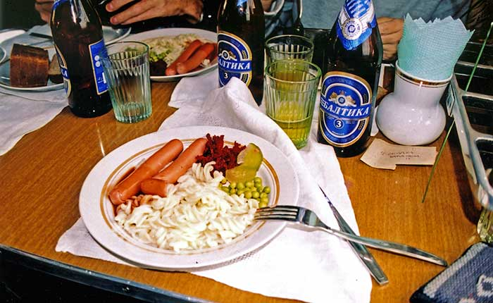 Image - Lunch in the Trans-Siberian dining car